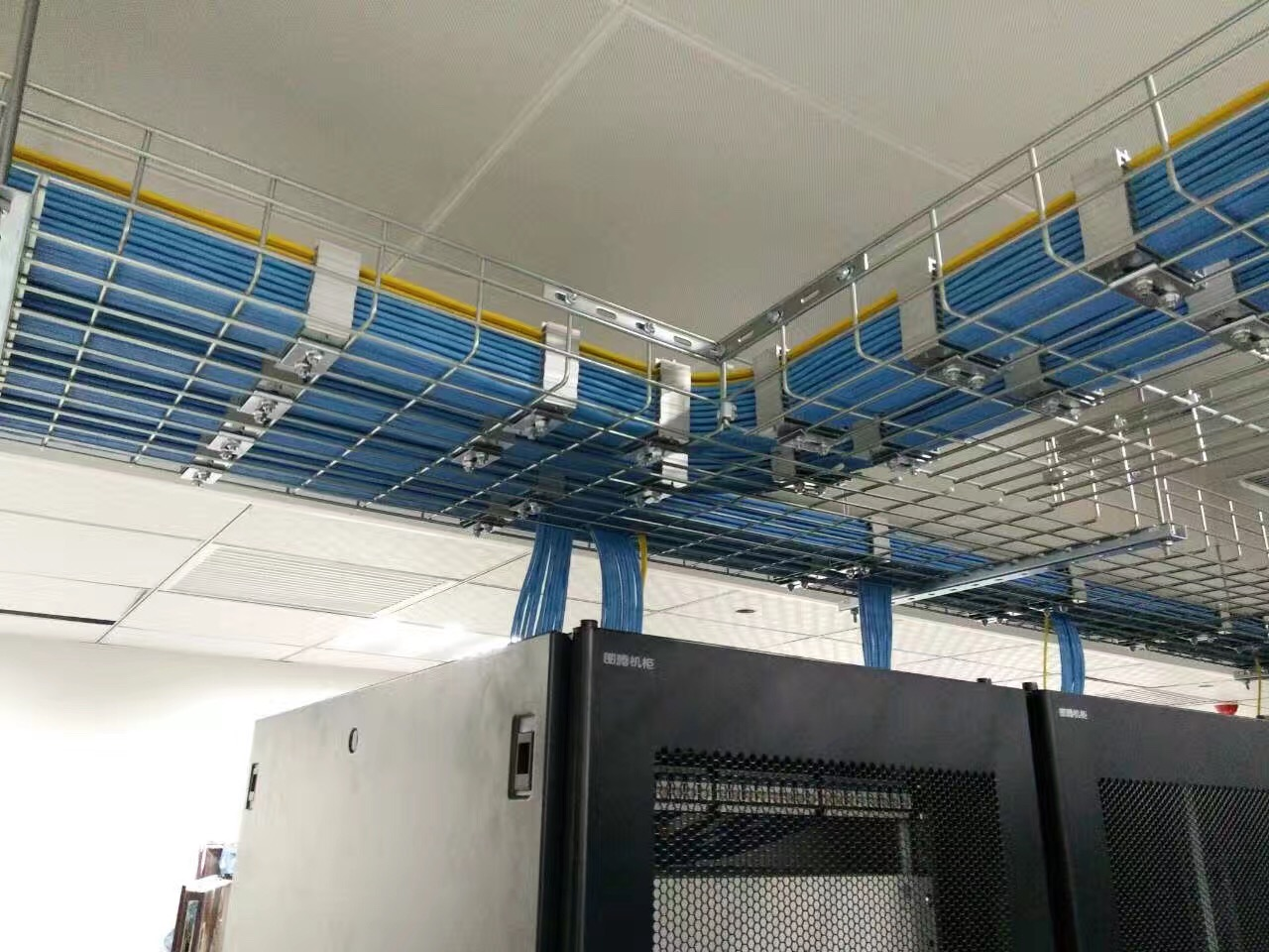 Wire Mesh Cable Tray Why It Is Getting More Popular
